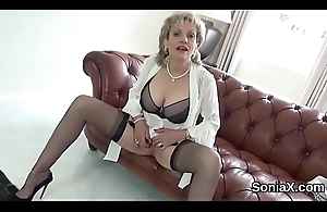 Unfaithful uk milf gill ellis showcases say no to Brobdingnagian tits