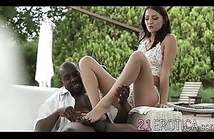Hung ebony stallion ploughs skinny sensual tot into the open air