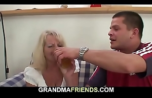Boozed comme ci grandma takes two big cocks from both ends