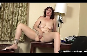 Are you man fitted to worship milf Zoe?